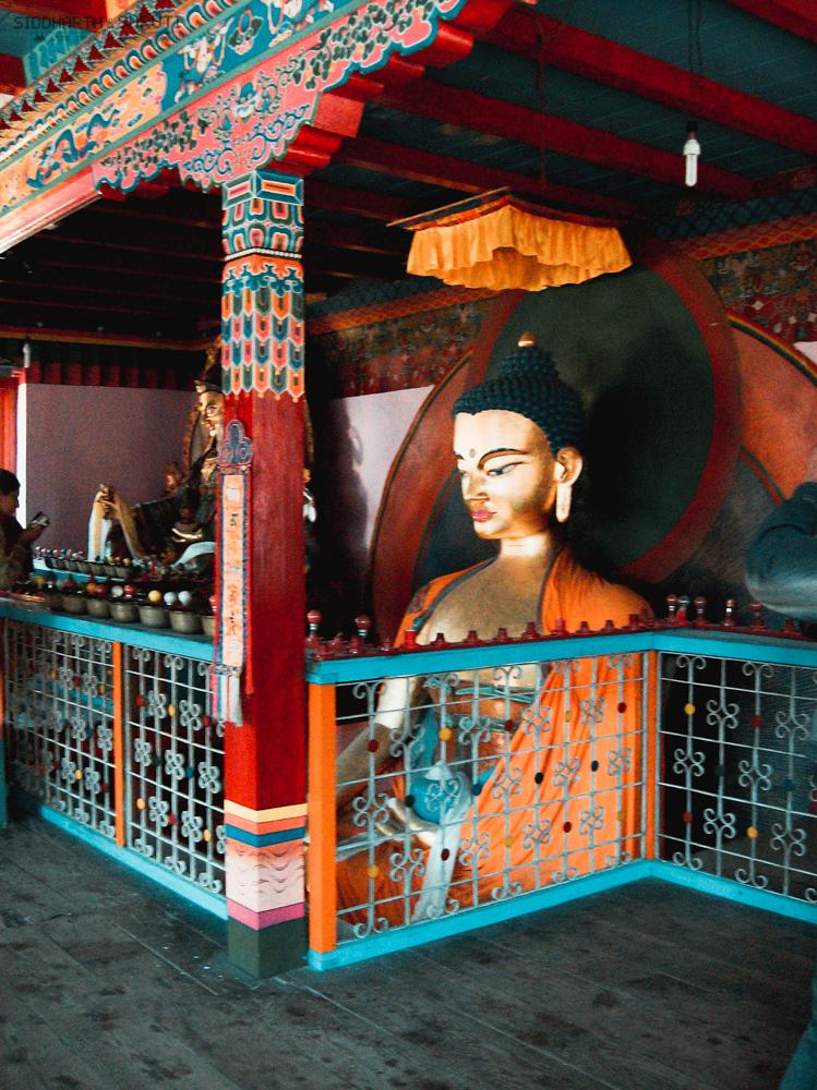 Gadhan Thekchhokling Monastery - Golden Buddha